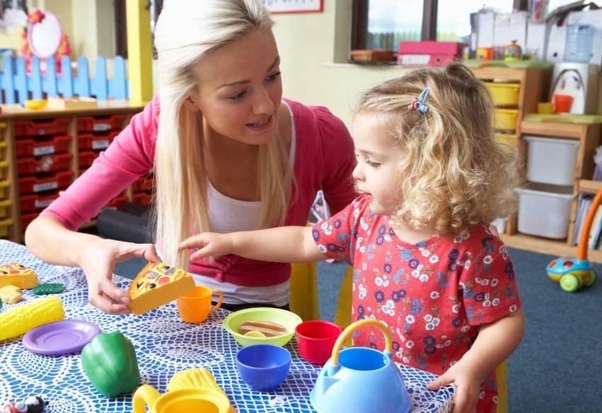 Дает ли детский сад что-то хорошее ребенку? няня или детский сад?