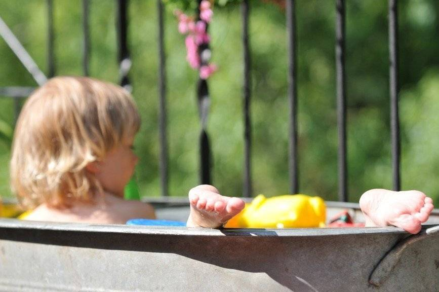 Мой опыт проживания с ребенком на даче - дети на даче
