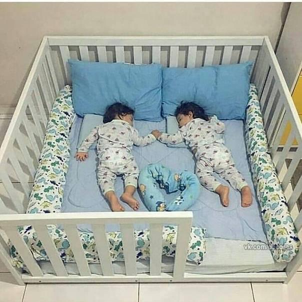 Кроватки для двойни (20 реальных фото): лучшие варианты для новорожденных