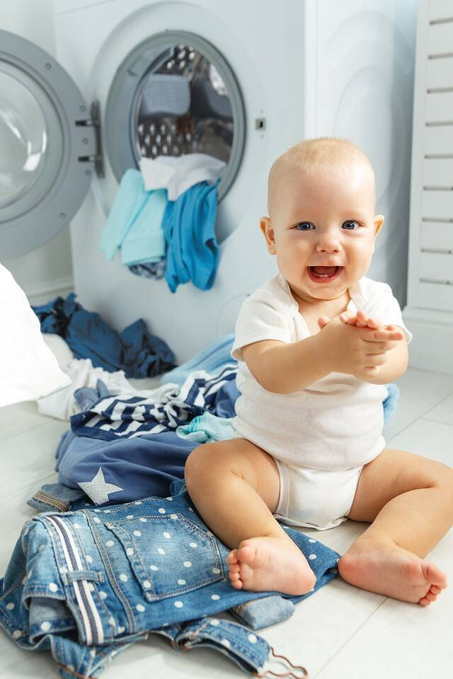 Как правильно и безопасно стирать детские вещи? средства и методы