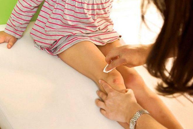 Слабость в ногах — чем может быть вызван этот симптом?