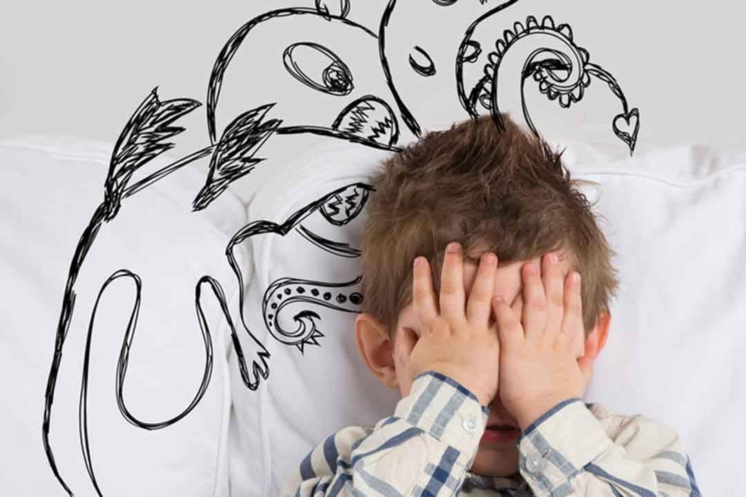 Детские страхи: симптомы, причины, лечение