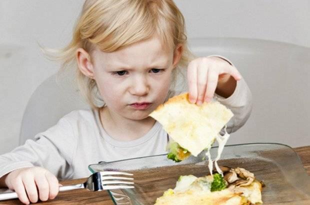 Ребенок не кушает в детском саду: как решить проблему