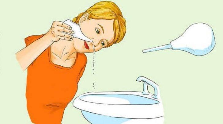 Промывание носа при беременности: применение морской воды и солевого раствора
