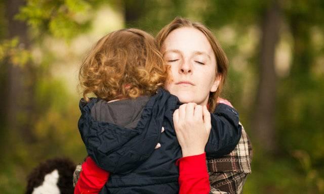 5 страхов мамы двоих детей: заболеет, упадет, не дышит… #истории мамочек