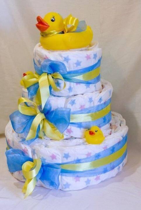 Готовим торт из памперсов своими руками: «рецепты» красивых подарков для мальчиков и девочек. изготовление подарков из памперсов