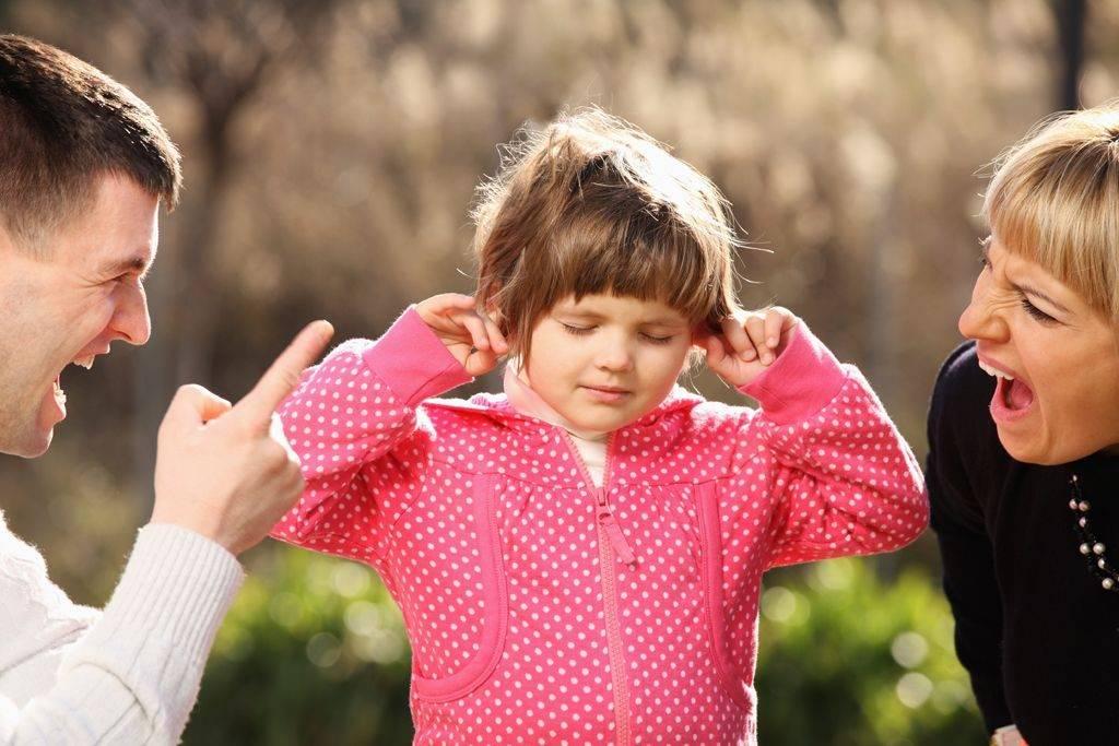 Почему ребёнок неслушается спервого раза?