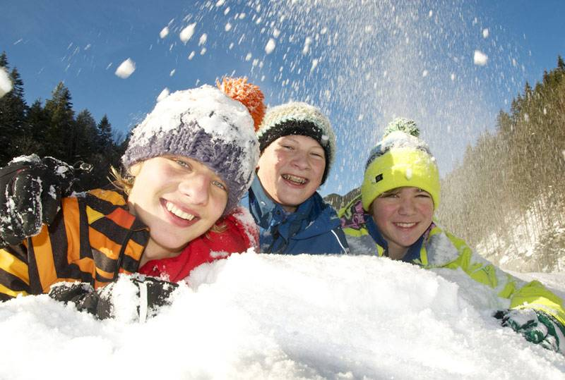 Как провести новогодние каникулы весело и с пользой?