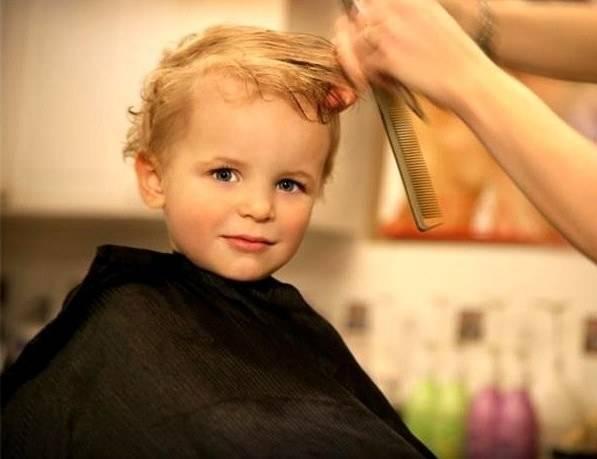 Можно ли стричь ребенка в возрасте до одного года: народные приметы и суеверия