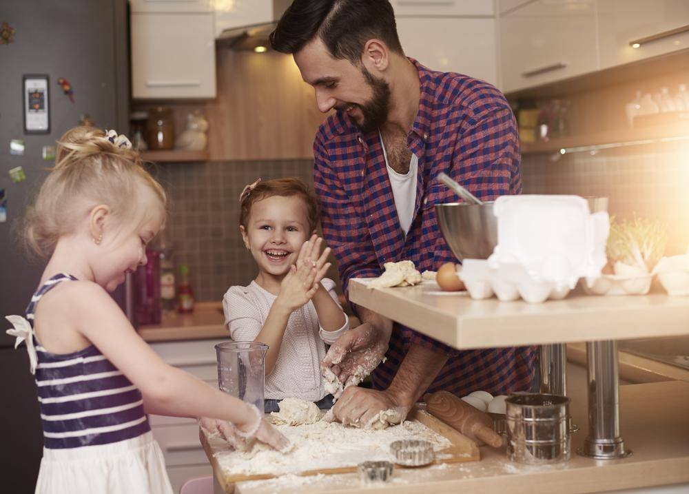Роль отца в воспитании дочери очень важна для будущего