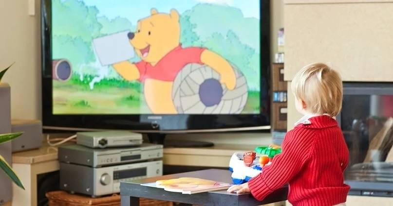 Как влияют мультфильмы на психику ребенка — почему можно смотреть не более 30 минут в день