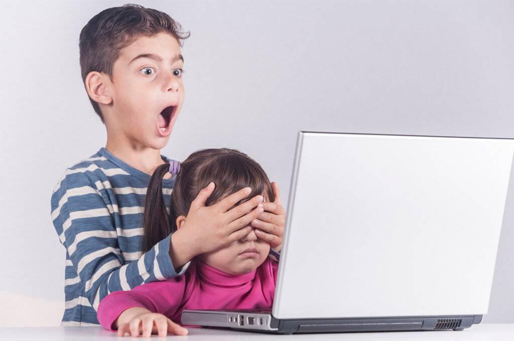Родители в телефоне, дети в планшете. психолог о последствиях подобных процессов