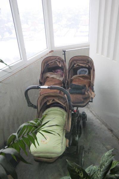 Как одевать ребенка на балкон для сна и прогулки в разное время года