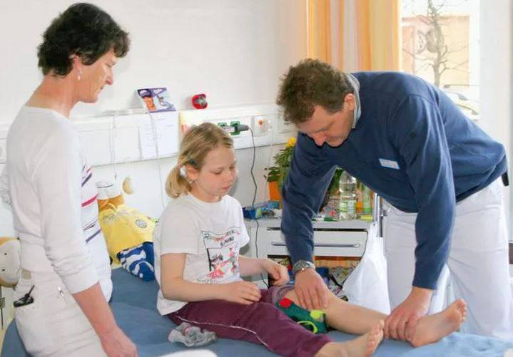 Боли в ноге у ребенка   что делать, если болят ноги у детей?   лечение боли и симптомы болезни на eurolab