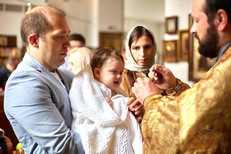 Могут ли муж и жена быть крестными родителями одного ребенка?
