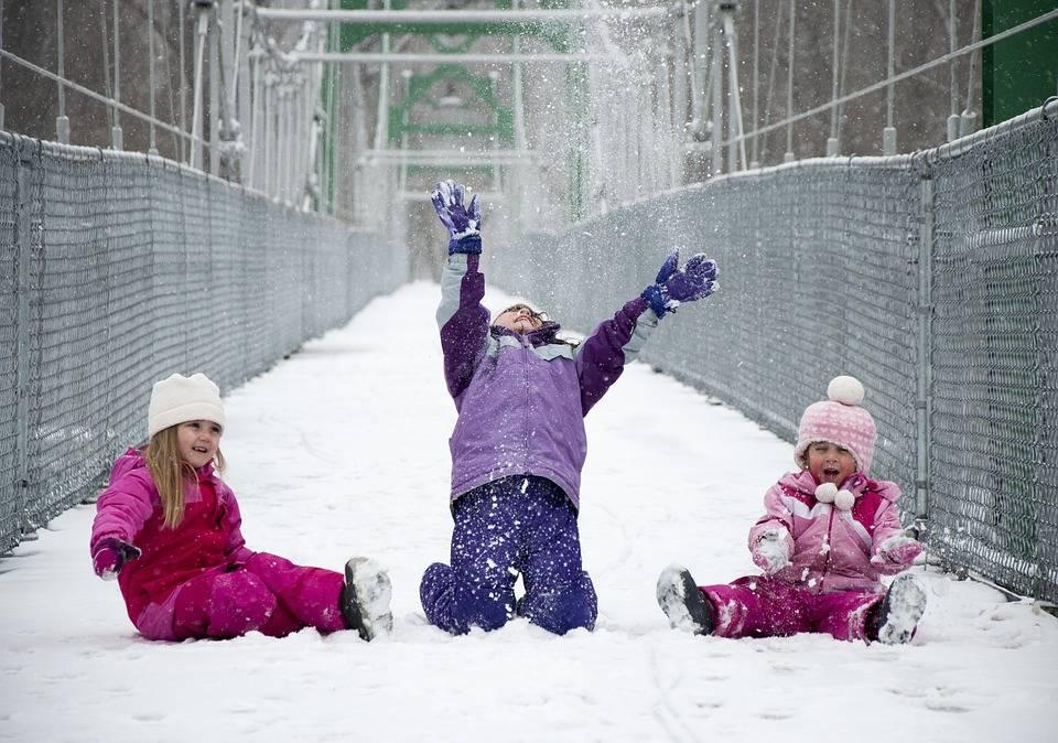 Развлечение на улице «зимние забавы». воспитателям детских садов, школьным учителям и педагогам - маам.ру