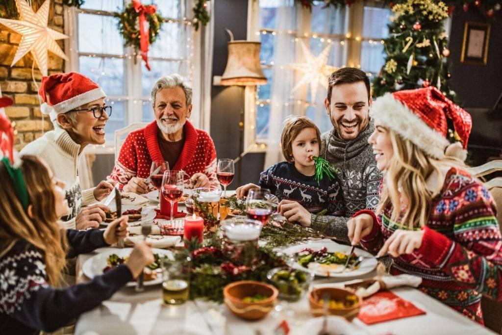 Семейные новогодние традиции: интересные идеи