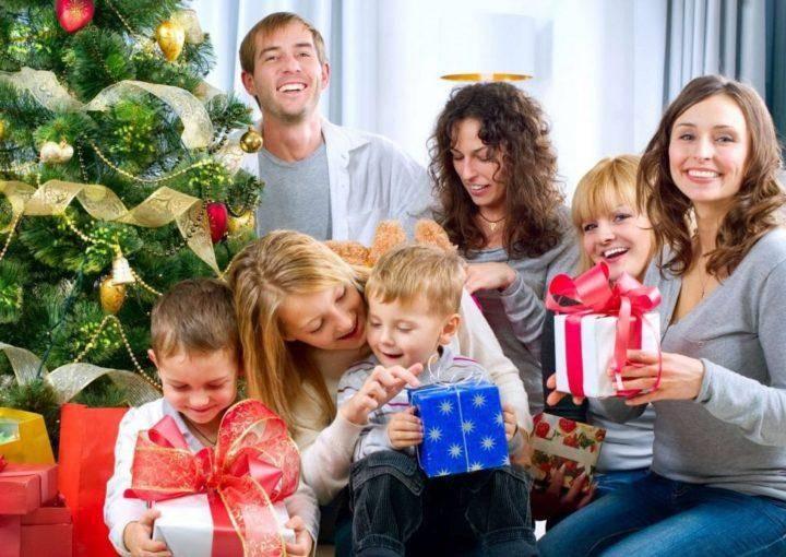 Сценарий на новый год для семьи: веселый праздник с играми, конкурсами и фильмами