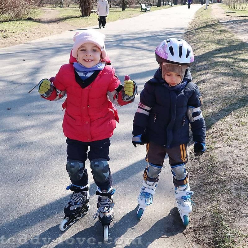 Учим ребенка кататься на роликах: упражнения и техника безопасности
