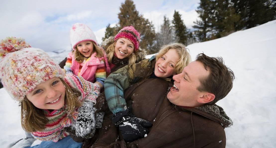 Чем заняться в новогодние праздники, чтобы провести время с пользой? | kadrof.ru