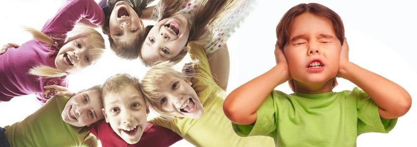Ребенок вздрагивает от резких звуков   почему дети боятся громких звуков