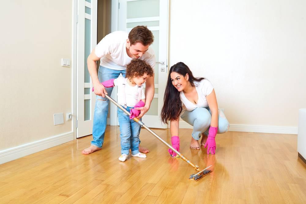 От года и до 17: 100 домашних дел, которые стоит поручить ребенку (в зависимости от возраста)