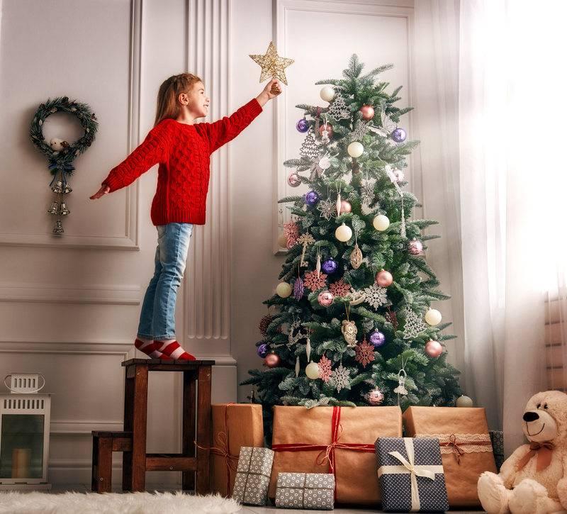 Ставить ли на новый год елку, если в доме годовалый малыш? стоит ли ставить елку? или... - семья и дом - вопросы и ответы