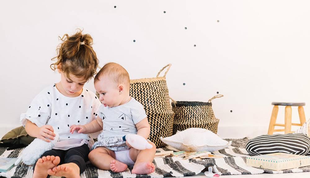 Medweb - 10 способов преодолеть ревность старшего ребенка к младшему