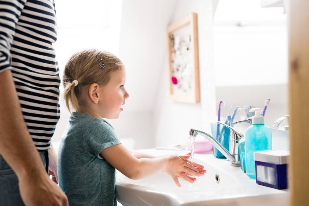 Учим ребенка мыть руки