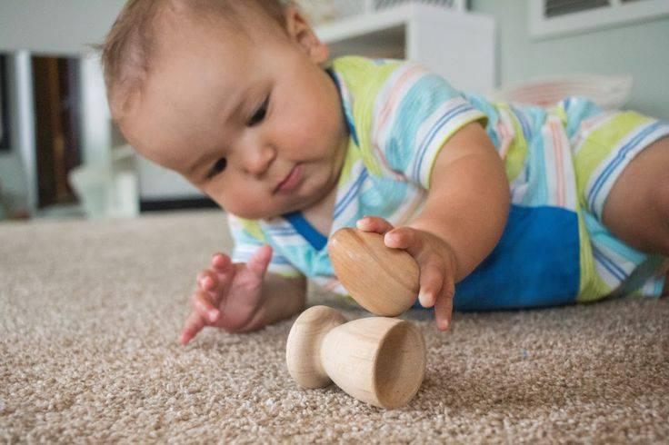 Игры с малышом: от рождения до 3 месяцев