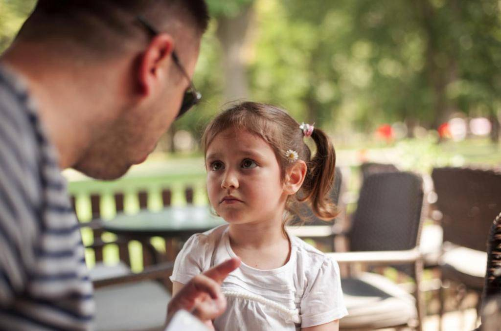 Непослушный ребенок: как добиться послушания без крика, ремня и успокоительных