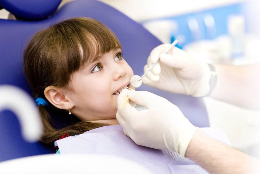 Пульпит молочных зубов: причины, симптомы и лечение