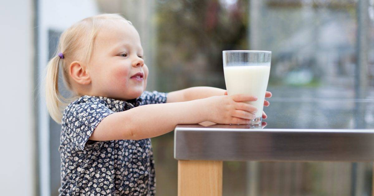 Аллергия к коровьему молоку у грудничков: новые факты