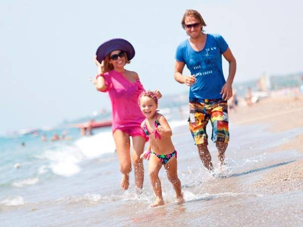 Топ 10 самых идеальных пляжей для отдыха с детьми