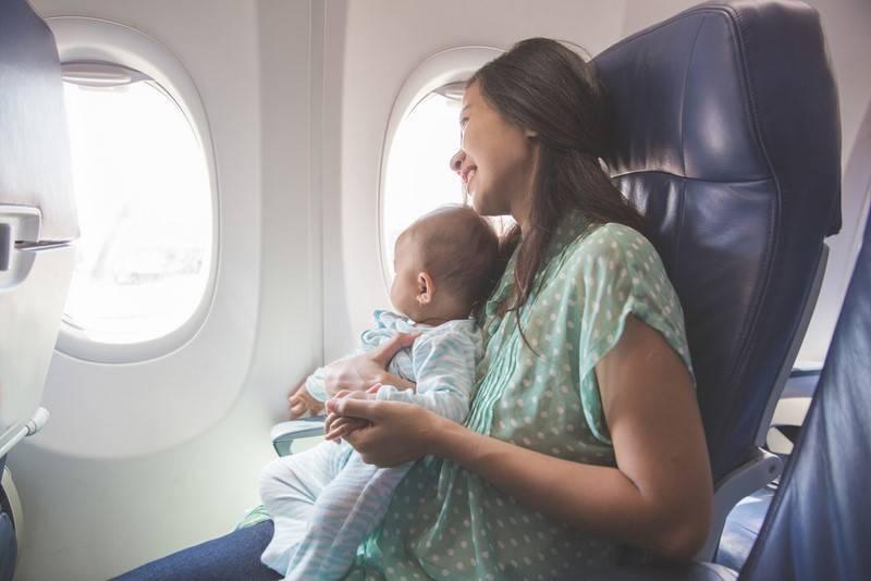 В самолет с детьми? легко! все секреты удобного перелета, опыт мам