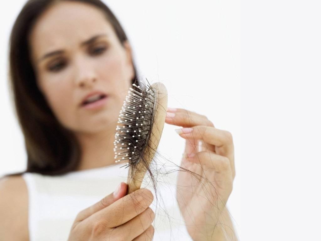 Почему сильно выпадают волосы после родов и что делать: как укрепить волосы после родов