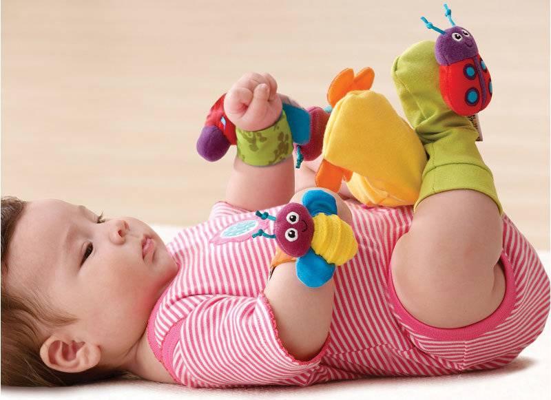 Игры с младенцем 9-10 месяцев