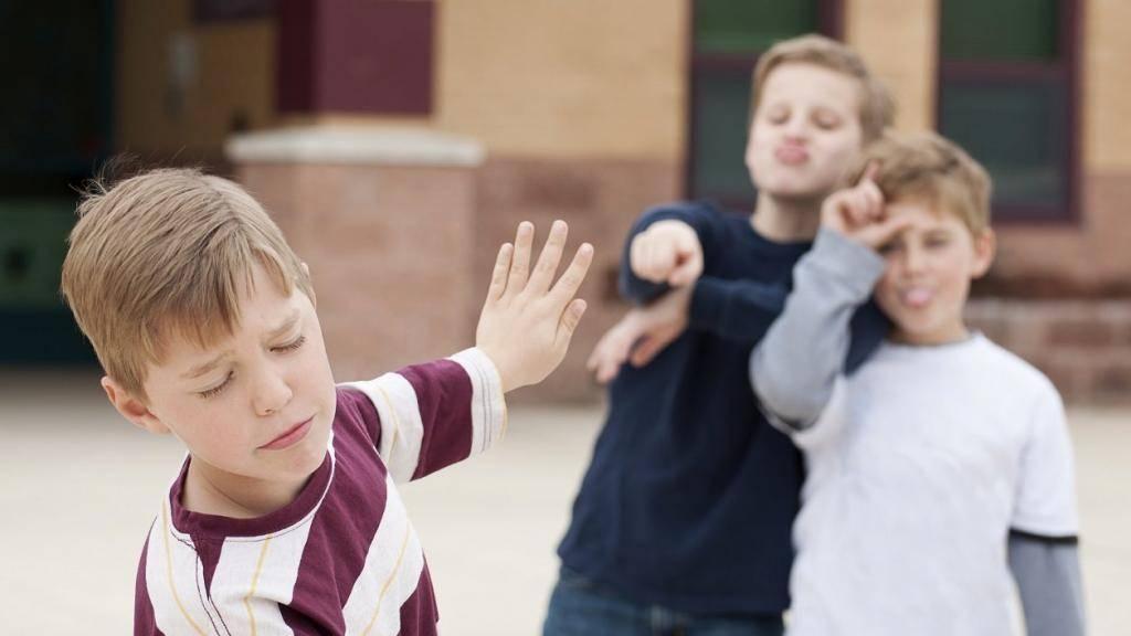 6 важных правил для родителей, как научить ребёнка постоять засебя