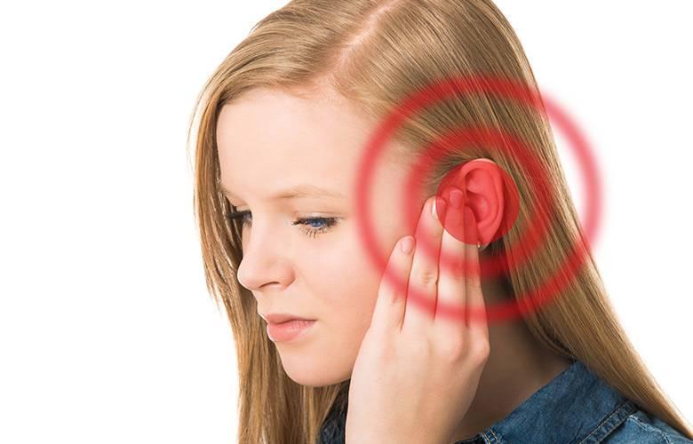 Что делать, если после бассейна сильно болит ухо?