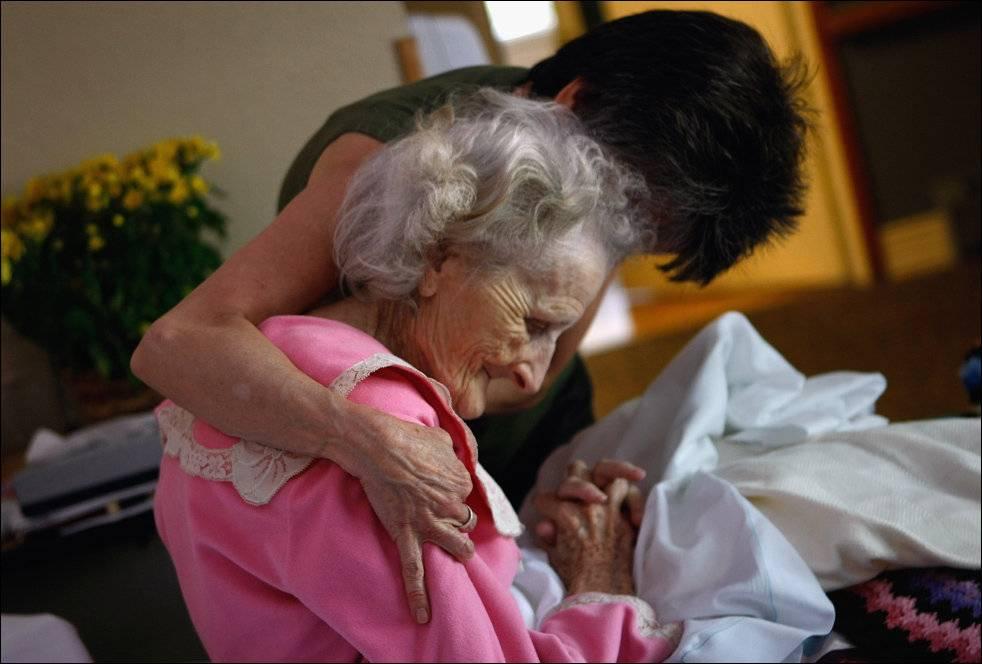 Когда любовь не во благо. типы бабушек, с которыми опасно оставлять ребенка