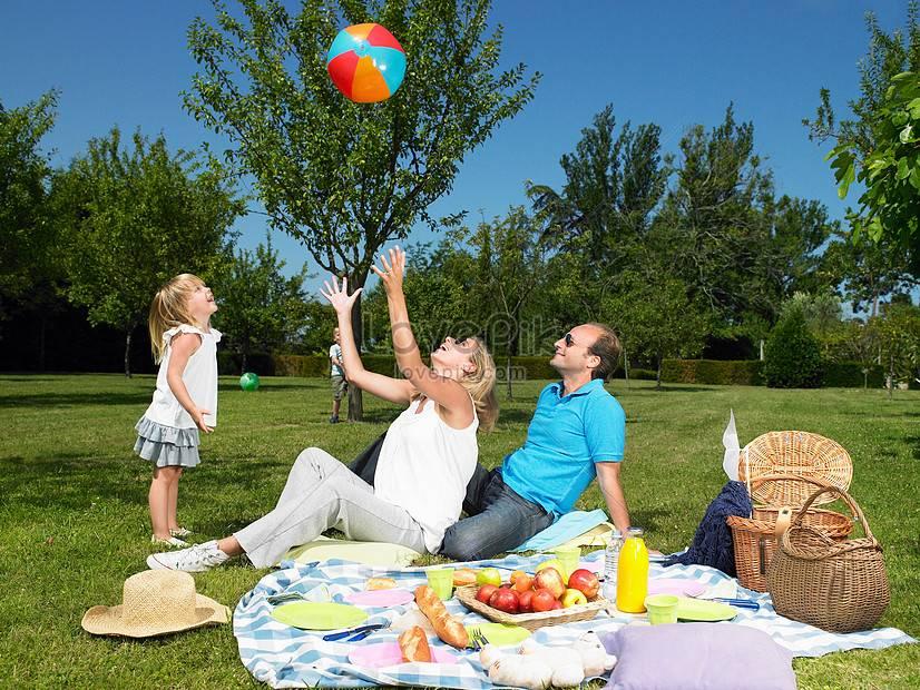 Как обеспечить безопасный отдых маленьких детей на даче? | дом и семья | школажизни.ру