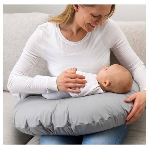 Секрет комфортного грудного вскармливания: подушка для кормления