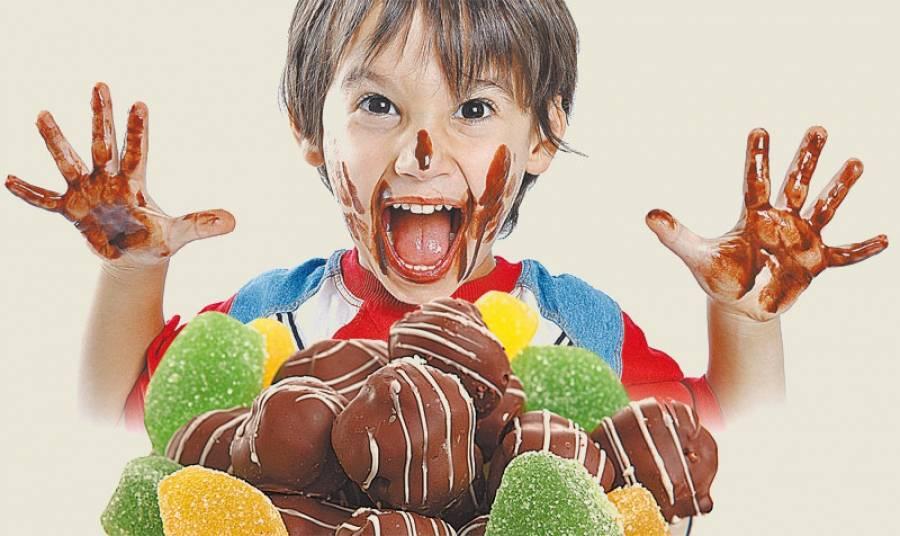 С какого возраста можно давать ребенку шоколад и чем он полезен?