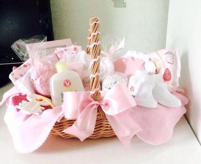 Что подарить на рождение девочки? подарок молодой маме, семье, новорожденной
