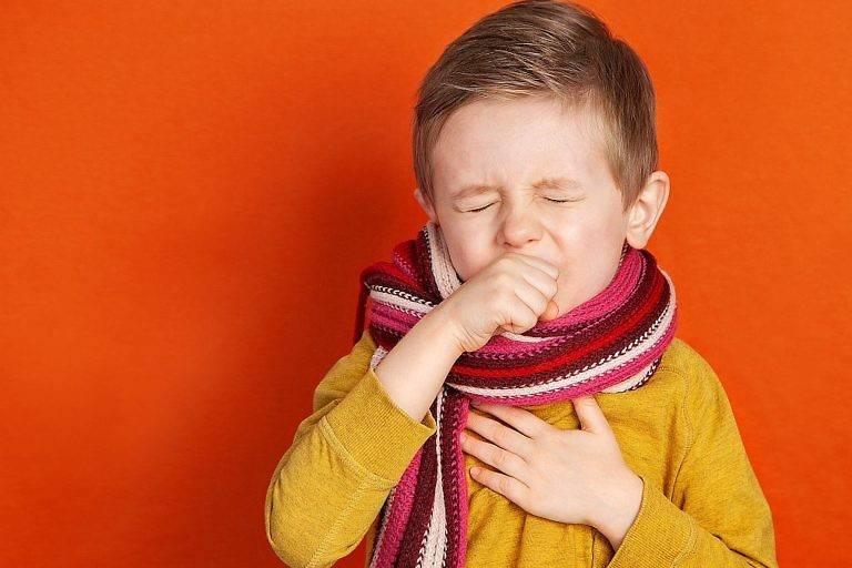 Что делать, если кашель у ребенка по ночам. какие причины?
