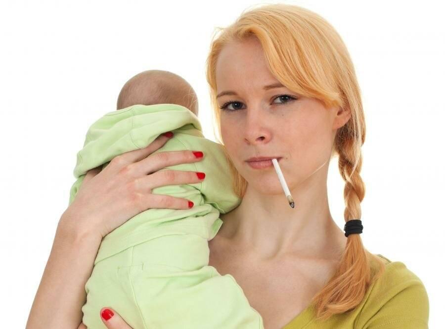 Есть вопрос: можно ли курить при грудном вскармливании