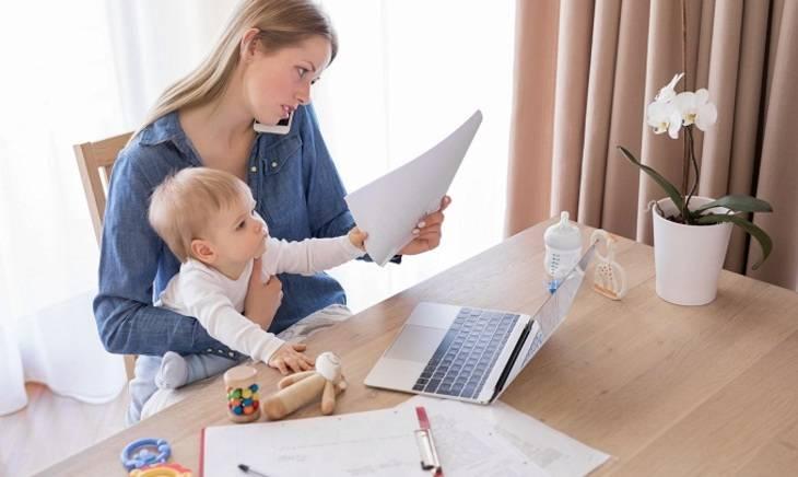 Работающая мама и грудное вскармливание: полезные советы
