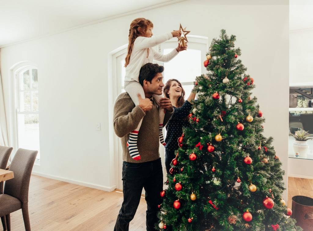 Нужна ли елка годовалому ребенку? - страна мам