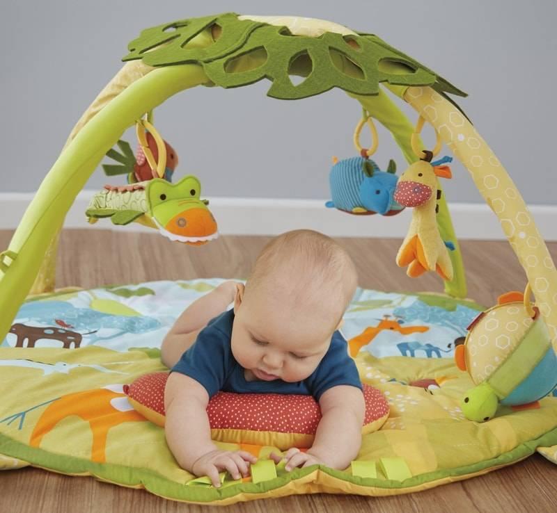Какой развивающий коврик: с какого возраста, лучший, выбрать, рейтинг, нужен ли