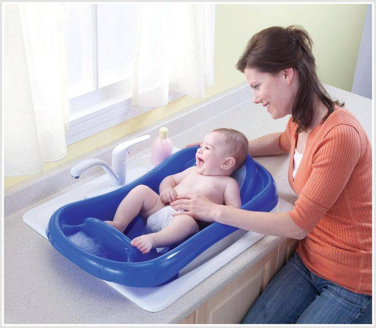 Кипятить ли воду для купания новорожденного?